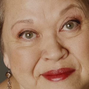 Comic Genius Amy Hill